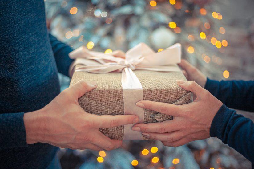 Vijf momenten om een relatiegeschenk te geven